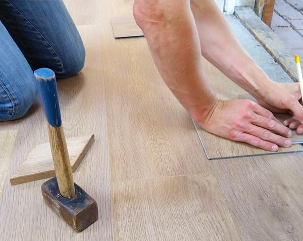 houten vloer repareren